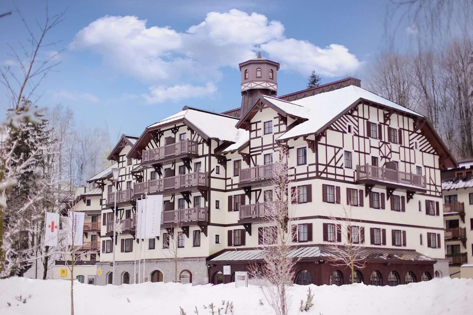 Hotel Savoy  -  Façade Exterior Winter