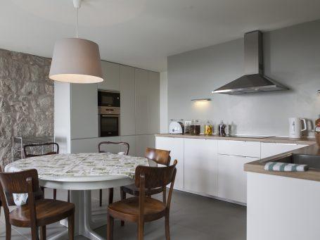 Villa Ella 7 Modern kitchen