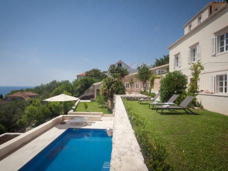 Villa Orti 4 Pool & sun terrace